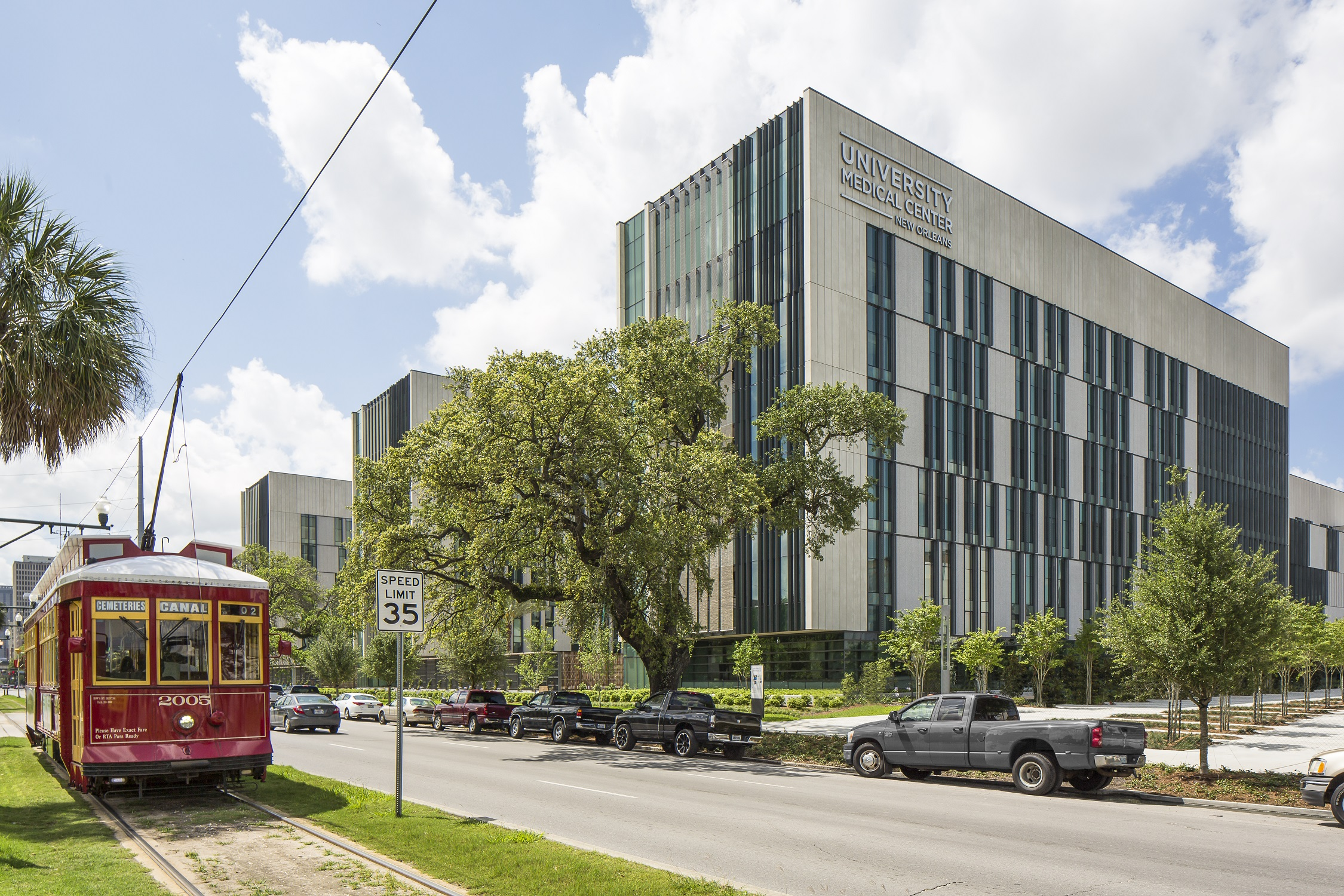 Showcase 2016: University Medical Center New Orleans, New Orleans