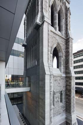 Magic Moment: Centre hospitalier de l'Université de Montréal