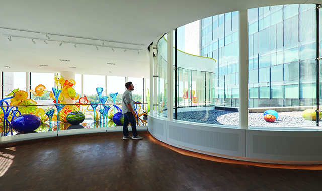 House Of Glass: The Chihuly Sanctuary At The Fred & Pamela Buffett Cancer Center