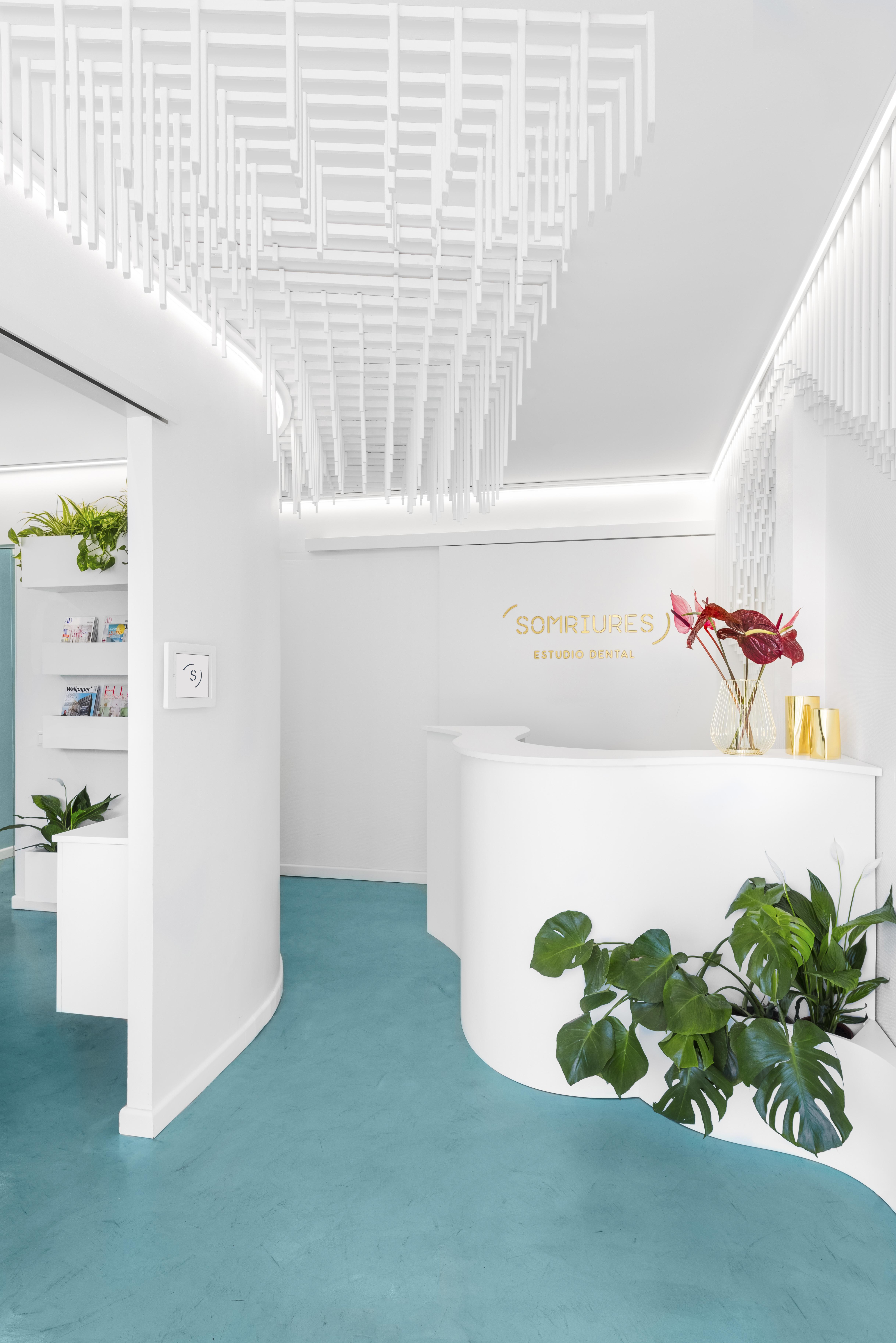 PHOTO TOUR: Somriures Dental Clinic